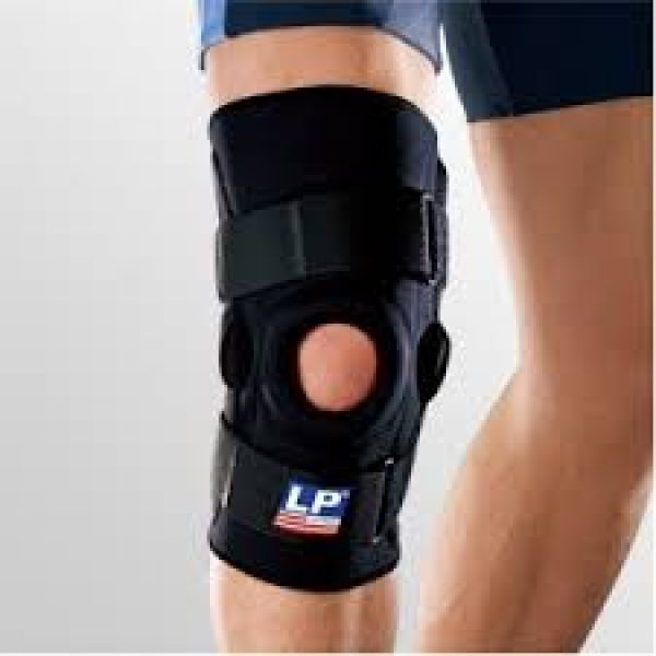 LP Hinged Knee Stabilizer 710