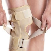 Tynor Oa Neoprene Knee Support Medium (left Varus / Right Valgus)